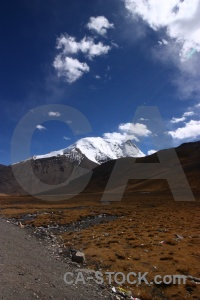 Altitude himalayan east asia desert cloud.