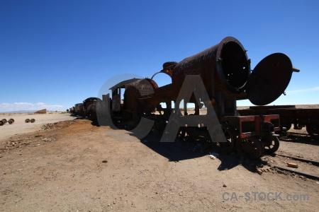 Altitude rust uyuni wreck vehicle.