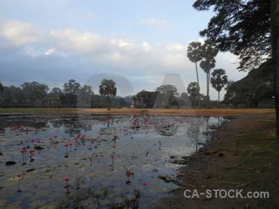 Angkor wat lake angkor khmer water.