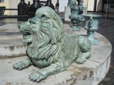 Animal statue tiger gray.
