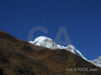 Annapurna sanctuary trek modi khola valley annapurna south sky moon.