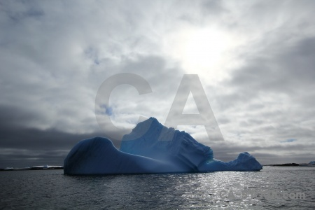 Antarctic peninsula antarctica cruise south pole water cloud.