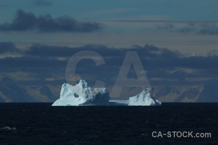 Antarctica antarctic peninsula water sea bellingshausen.