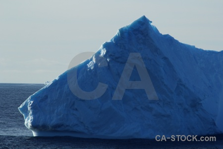 Antarctica cruise water south pole bellingshausen sea ice.