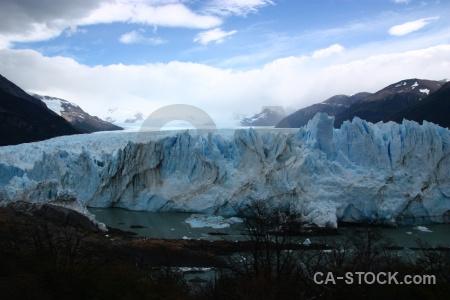 Argentina cloud terminus lago argentino perito moreno.