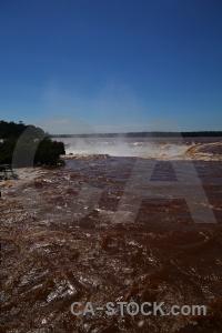 Argentina iguazu falls spray garganta del diablo water.