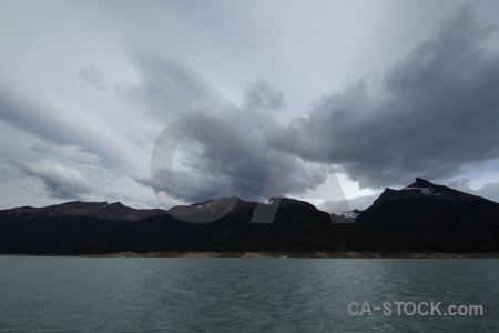 Argentina lago argentino patagonia cloud mountain.