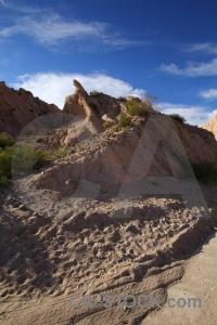 Argentina rock salta tour 2 mountain bush.