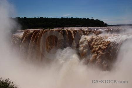 Argentina spray garganta del diablo waterfall iguassu falls.