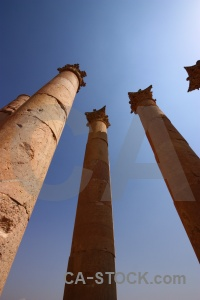 Artemis roman jordan stone jarash.