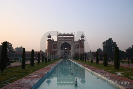Asia building reflection tomb mughal.