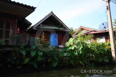 Asia sky water damnoen saduak canal.