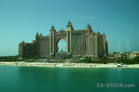 Atlantis uae sea western asia the palm.