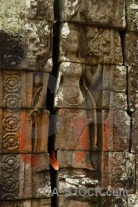 Block moss unesco buddhism siem reap.