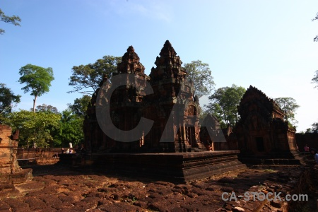 Block prasat banteay srei carving buddhism unesco.