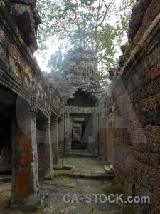 Block sky pillar unesco buddhism.