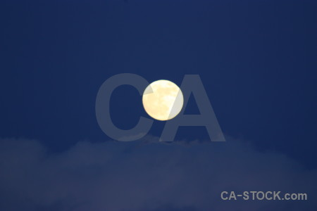 Blue cloud moon.