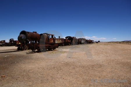 Bolivia train uyuni wreck south america.