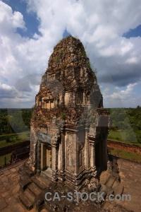Brick angkor buddhist asia ruin.