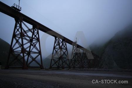 Bridge fog tren a las nubes railway argentina.