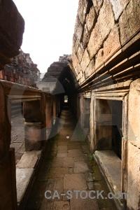 Buddhist angkor unesco thom corridor.