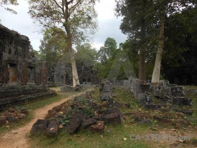Buddhist banteay kdei cambodia grass asia.