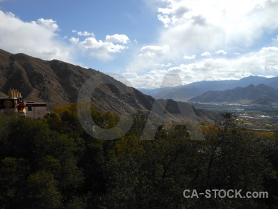 Buddhist east asia sky lhasa monastery.