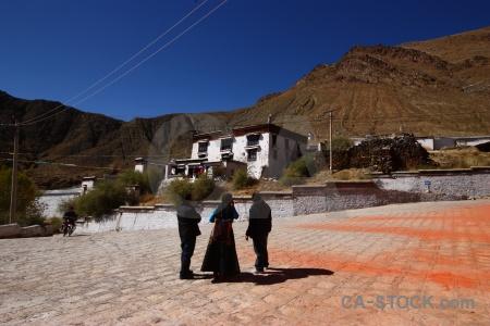 Buddhist gendun drup tibet altitude hill.