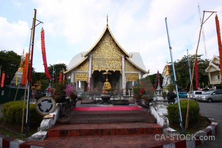 Buddhist temple wat chedi luang worawihan vehicle flag.