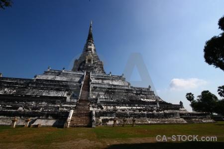 Buddhist thailand southeast asia buddhism wat phu khao thong.