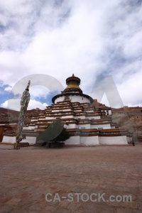 Building buddhism tree gyantse kumbum.