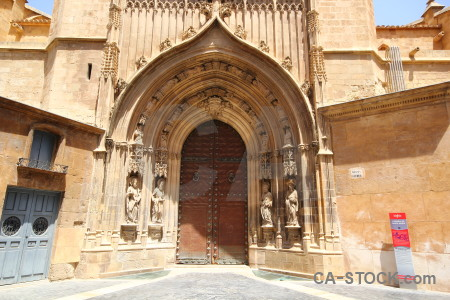 Building iglesia catedral de santa maria door cathedral of murcia.