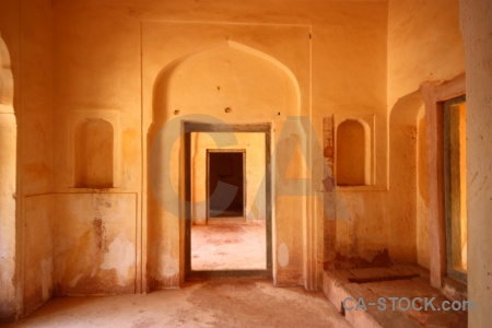 Building jaipur inside india fort.