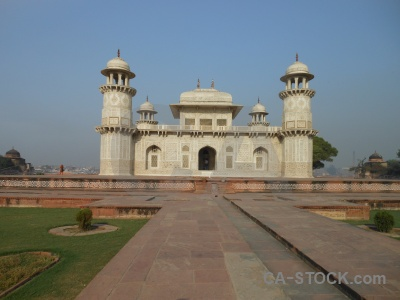 Building mughal mausoleum marble agra.