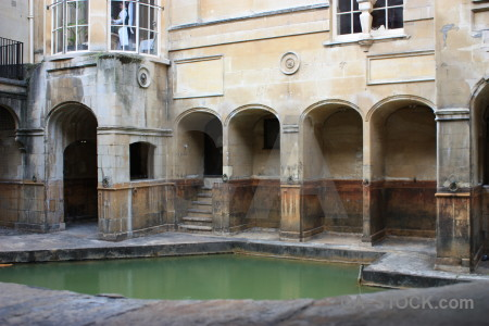Building pool water roman baths europe.