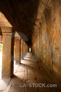 Cambodia khmer tomb raider unesco column.