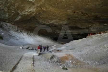 Cave patagonia stone cueva del milodon rock.