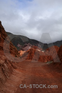 Cerro de los siete colores cloud landscape rock salta tour.