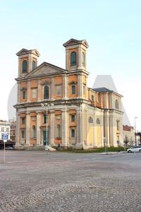 Church building white.