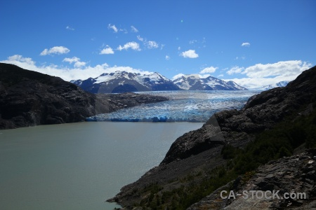 Circuit trek lago grey torres del paine snowcap cloud.