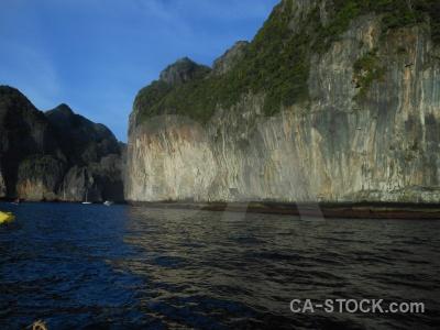 Cliff island thailand phi ko ley.