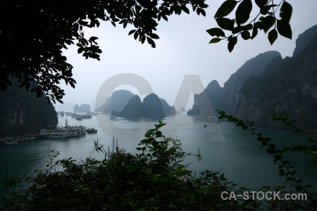Cliff water island southeast asia vinh ha long.