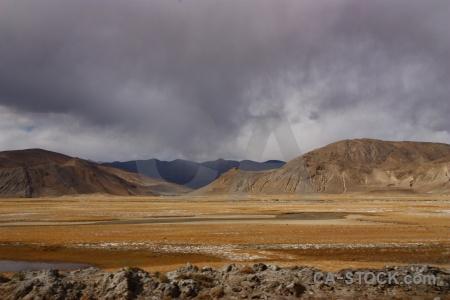 Cloud altitude china arid desert.