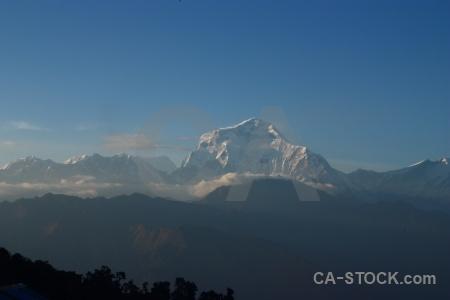 Cloud dhaulagiri sky annapurna sanctuary trek snowcap.