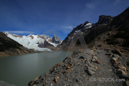 Cloud ice lake trek andes.