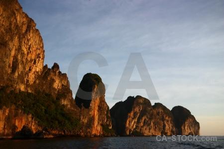Cloud ko phi leh island water cliff.