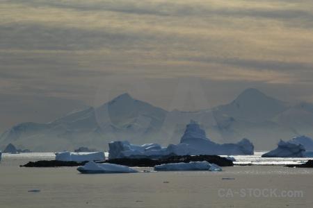 Cloud marguerite bay day 5 sea iceberg.