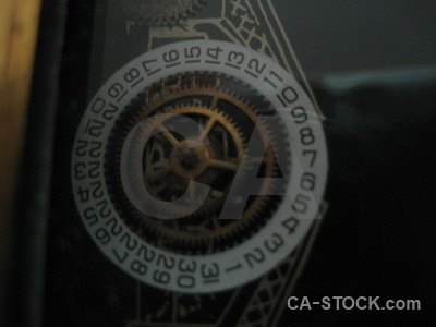 Cog object black.