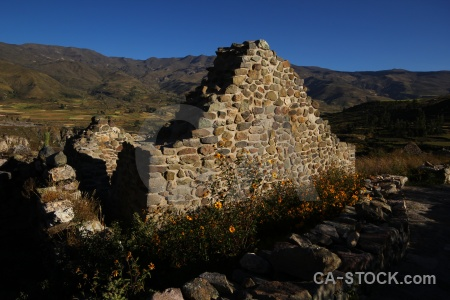 Colca valley uyu yanque ruin sky.