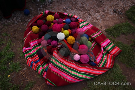 Color andes altitude wool making peru.